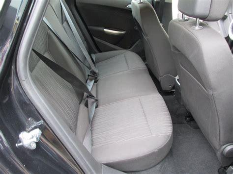 nettoyage siege de voiture lavage intérieur de voiture car wash à domicile