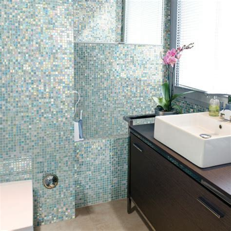 Mosaik Fliesen Badezimmer by Badezimmer Mit Mosaik Gestalten 48 Ideen Archzine Net