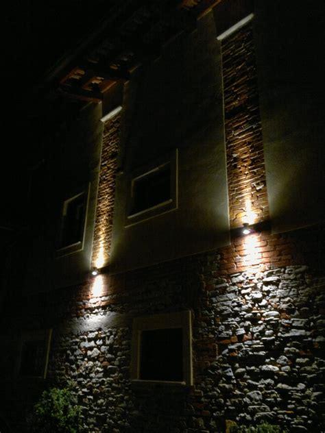 applique esterno led illuminazione led casa dogliani ristrutturazione cascinale