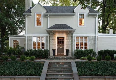 Simple Colonial Brick Homes Ideas by Beautiful Landscaping Exterior Color And Rock Work