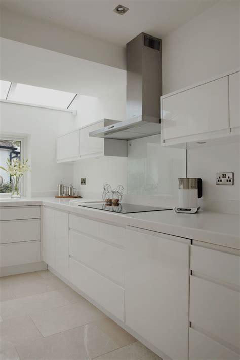 white gloss kitchen ideas  pinterest