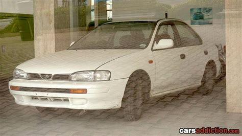 Un Concessionnaire Subaru Abandonné à Malte Depuis Des