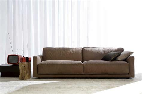 comment nettoyer un canapé en cuir conseils et photos