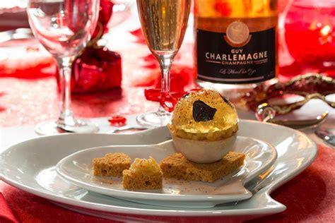de cuisine thailandaise boule de foie gras et sa gelée de chagne truffée