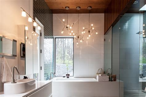 Ways To Decorate With Bathroom Light Fixtures