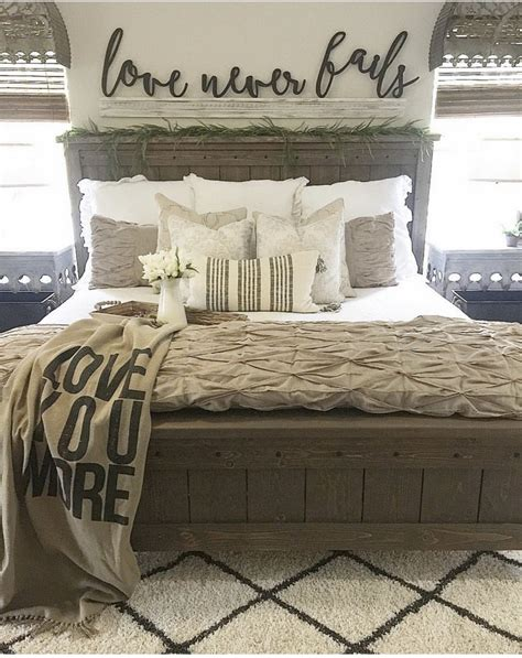 Farmhouse Bed 1327 Decorathing