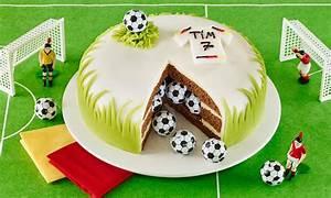 Fußball Torte Rezept : fu ball berraschungstorte rezept dr oetker ~ Lizthompson.info Haus und Dekorationen