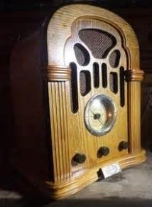 Poste Radio Vintage : 17 best images about transistors on pinterest radios models and sony ~ Teatrodelosmanantiales.com Idées de Décoration