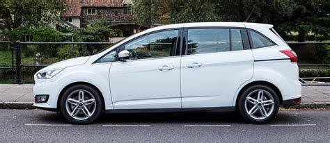 The Best Small 7 Seater Cars On Sale Carwow