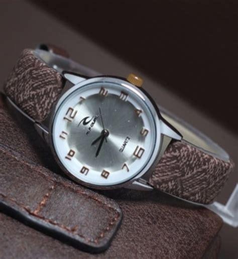 jual jam tangan ripcurl tali kulit harga murah