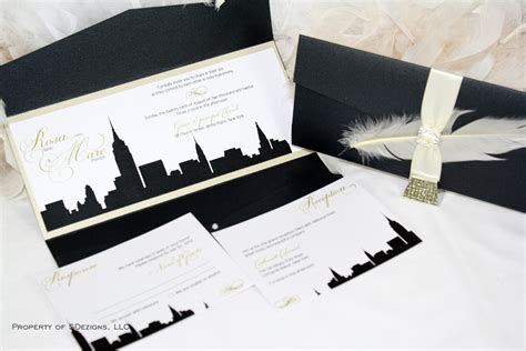 New York Skyline Wedding Invitation / City / Empire State