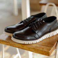 jual beli sepatu pria terbaru