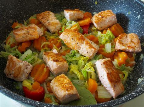 cuisiner le chou chinois chou chinois brais 233 aux allumettes de lardons cuisinons vite et