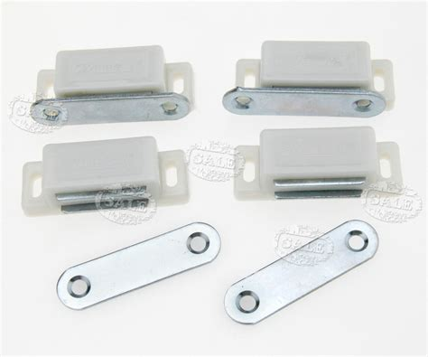 kitchen cabinet magnetic catches 10 x magnetic door catches for kitchen cabinet cupboard 5575