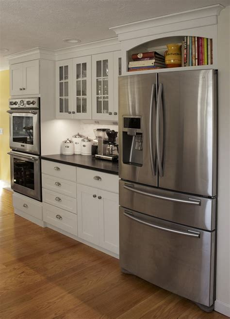 kitchen cabinet colors with stainless steel appliances best kitchen colors with white cabinets and stainless 9648