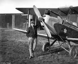 first woman to form australian women s pilot association science museum refuses to lend gipsy moth aircraft to amy