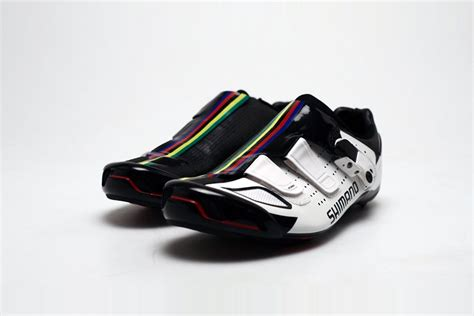 Shimano Creates Special Rainbow Shoes For World Champion