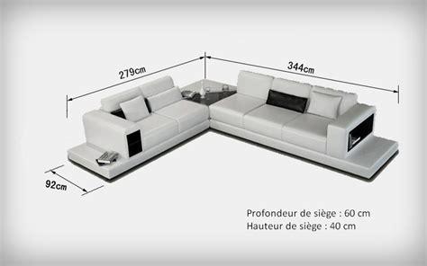 donne canapé canapé d 39 angle design en cuir arezzo xl table intégrée