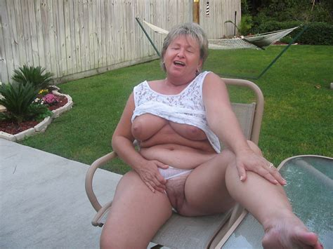 In Gallery This Granny Was So Proud To Pose For Me Nude And Show Pussy