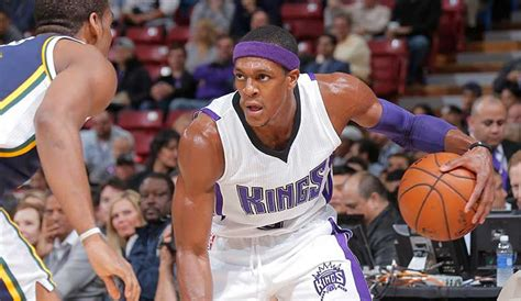Rajon Rondo Shows Off Tight Handle in Transition (VIDEO ...