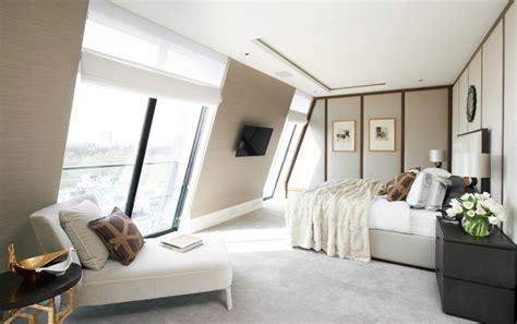 eclairage chambre mansard馥 chambre mansardée 30 idées d 39 aménagement et de déco