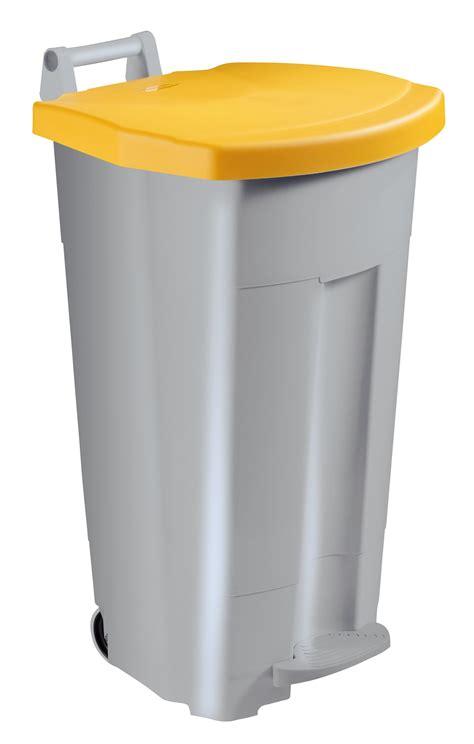 poubelle en bois cuisine poubelle de cuisine rossignol 90 l haccp couvercle jaune