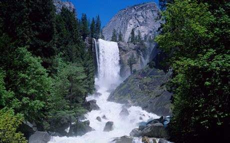 Three People Swept Over Yosemite National Park Waterfall