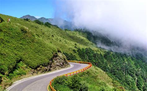 Mountain Nature Landscape Cloud Wallpaper [2560x1600]