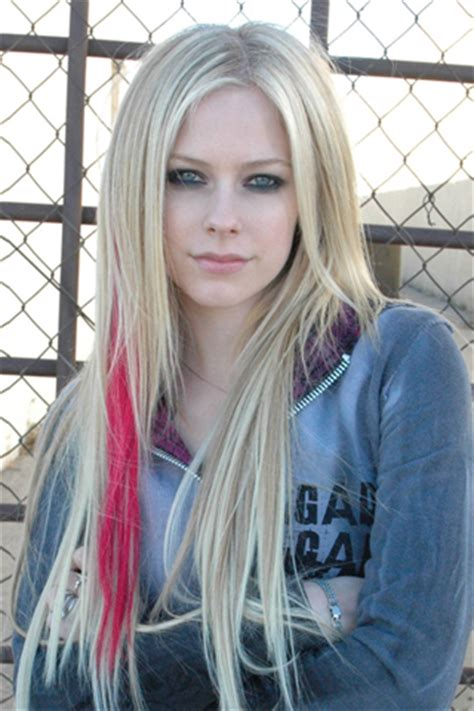 cute avril lavigne hollywood actress images