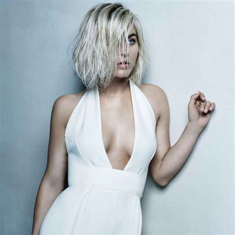 Julianne Hough – Photoshoot for Yahoo Style 2015 ...