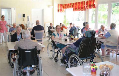 visite de la maison de retraite ville de gardanne