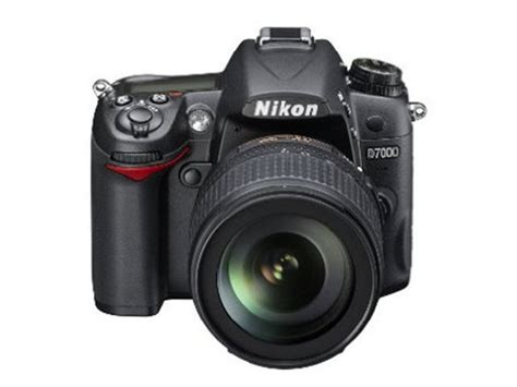 Take a look at nikon d7000 slr (body only) detailed specifications and features. Nikon D7000 (With AF-S DX NIKKOR 18-105 mm) DSLR Camera ...