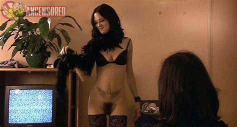 Naked Asia Argento In Scarlet Diva