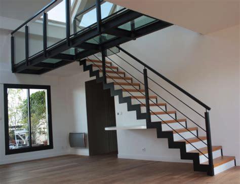 Escalier En Metal Interieur Escalier M 233 Tal Int 233 Rieur Limon Central Bs Concept