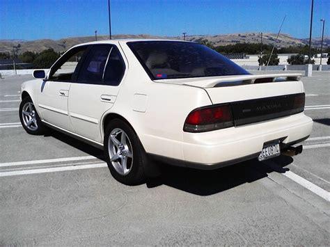 Bigernz28 1993 Nissan Maximagxe Sedan 4d Specs, Photos