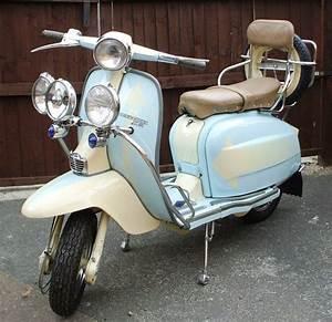 Lambretta Li Series 3 Custom - 1960's Italian Mod Scooter ...