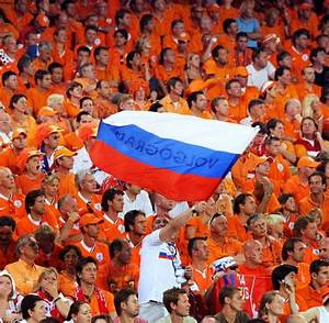 EURO 2008: Russia vs Netherlands: Russia beats Netherlands ...