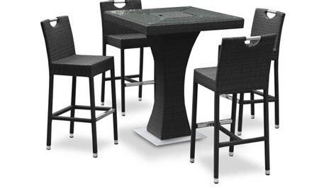 chaise haute cuisine alinea table haute izama avec 4 tabourets de jardin en résine