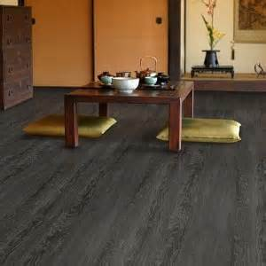 floating vinyl plank flooring concrete