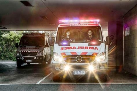 road safety tips road rules  vic  racv