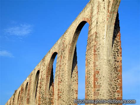aqueduct photopicture definition  photo dictionary aqueduct word  phrase defined