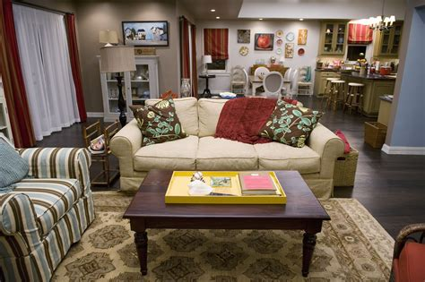 The Living Room Tv Show Competition by Fall Tv Homes Part Ii Home Modern Family House