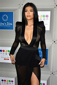 Robe kylie jenner pas cher transparente manches longues for Kylie jenner robe