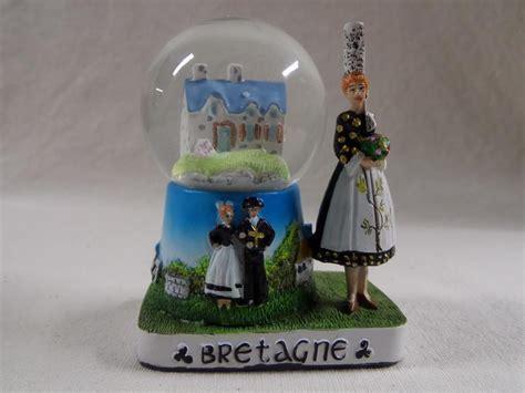 boule a neige maison boule 224 neige maison bretonne le comptoir breton
