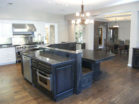 Kitchen Island Booth Seating by Or To Put The Banquette Seating Up To The Counter So It S