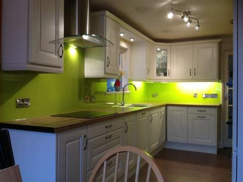 lime green splashback kitchen 10 best images about kitchen on countertops 7110