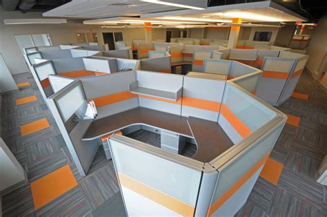 Customized Cubicles Perfect Fit for New Headquarters