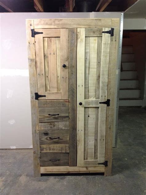 building cabinets out of pallets outdoor kitchen on pinterest outdoor kitchens picnic