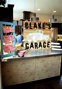 Garage Patry : cute vintage garage themed birthday party with such cute ideas via kara 39 s party ideas kara allen ~ Gottalentnigeria.com Avis de Voitures