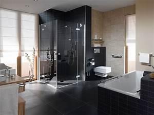 Badezimmergestaltung Ohne Fliesen : badezimmer fliesen aussuchen welche kriterien sind wichtig ~ Sanjose-hotels-ca.com Haus und Dekorationen